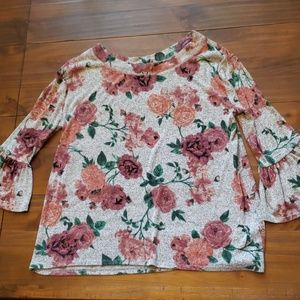 Maurices size 1 3/4 sleeve floral top